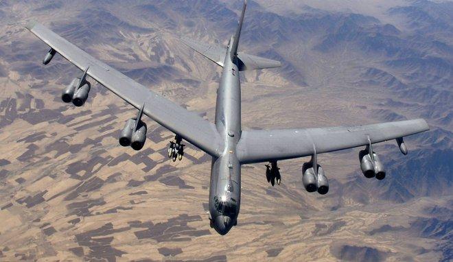 Lý do này khiến vũ khí Mỹ bị đối tác e ngại dù được... cho không - Ảnh 4.