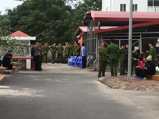 4 trẻ tử vong ở Bệnh viện Sản Nhi Bắc Ninh: Bố mẹ chưa một lần được nhìn mặt con - Ảnh 1.