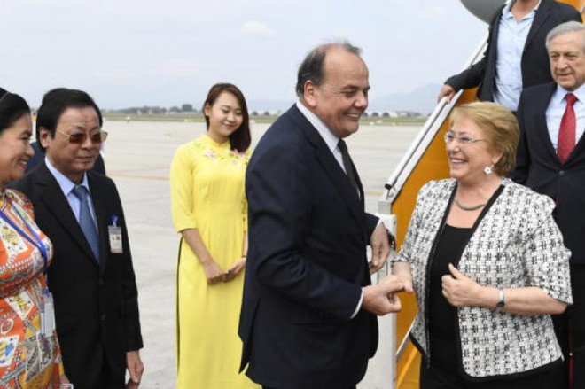 Michelle Bachelet: Nữ tổng thống quyền lực duy nhất ở châu Mỹ - Ảnh 7.