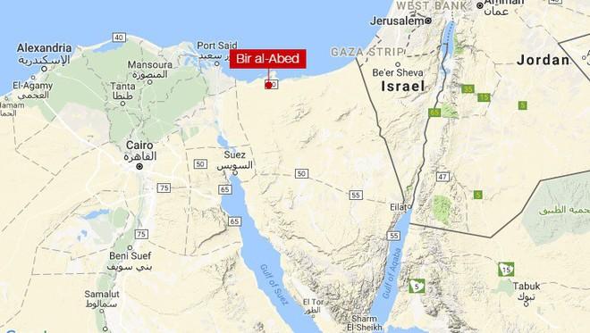 Đánh bom, xả súng đẫm máu làm 235 người thiệt mạng, Ai Cập tuyên bố quốc tang - Ảnh 1.