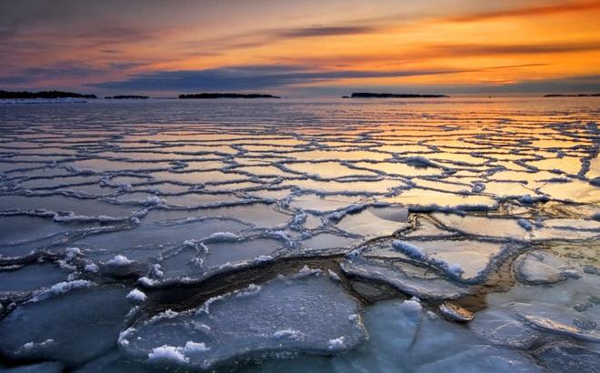 Đầu tư 500 tỷ USD, các nhà khoa học hy vọng có thể cứu rỗi thảm họa băng tan ở Bắc Cực