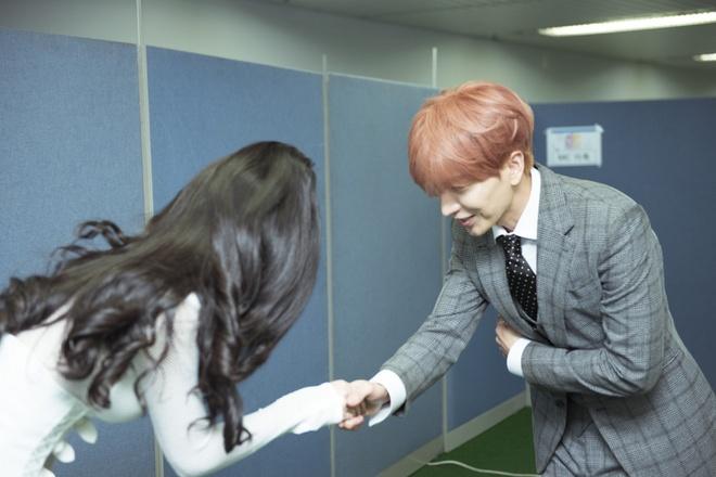 Đông Nhi bắt tay Leeteuk, Teayeon tại Asia Song Festival - Ảnh 7.