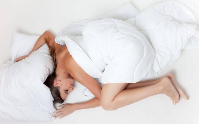 Mệt mỏi, đau ê ẩm khắp người dù không làm gì nặng nhọc: Dấu hiệu cơ thể thiếu chất này