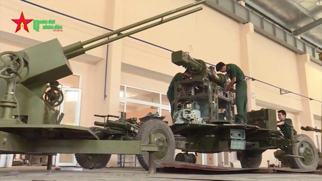 Ấn tượng quân sự Việt Nam tuần qua: Vũ khí tự động do Việt Nam nghiên cứu chế tạo - Ảnh 4.