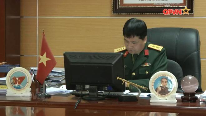 Cận cảnh súng phóng lựu bán tự động MGL-VN1 do Việt Nam chế tạo - Ảnh 1.