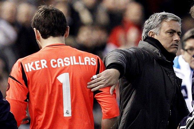 Thánh Casillas còn bị trảm, De Gea tuổi gì dám thách thức Mourinho! - Ảnh 3.