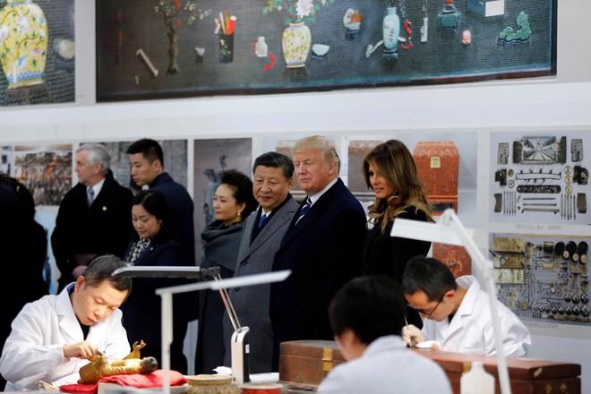 Một ngày bận rộn của Tổng thống Trump: Tham quan Tử Cấm Thành, thưởng thức Kinh kịch - Ảnh 10.