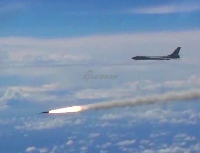 Quảng cáo phản tác dụng, Trung Quốc vô tình tự dìm hàng YJ-12 - Ảnh 2.