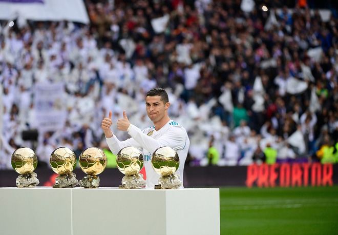 Không phải Messi, cuộc chiến Ronaldo vs Neymar giờ đây mới một mất một còn - Ảnh 2.