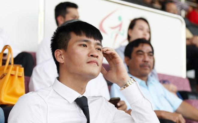 Công Vinh sẽ chiêu mộ tiền đạo ở các giải hàng đầu châu Âu