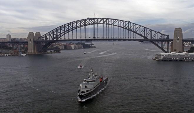 Hải quân Australia tiếp nhận tàu huấn luyện đa năng tối tân do Việt Nam chế tạo - Ảnh 1.