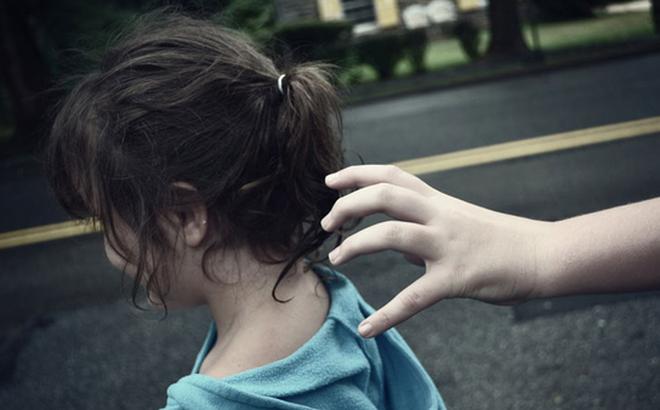 300.000 trẻ em Tây Ban Nha bị đánh cắp khỏi cha mẹ trong nhiều thập kỷ