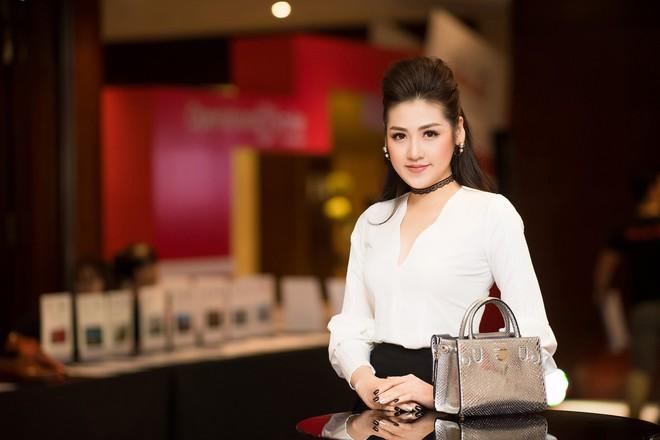 Nhan sắc nổi bật của Á hậu Tú Anh và Hoa hậu Mai Phương Thúy tại sự kiện - Ảnh 7.