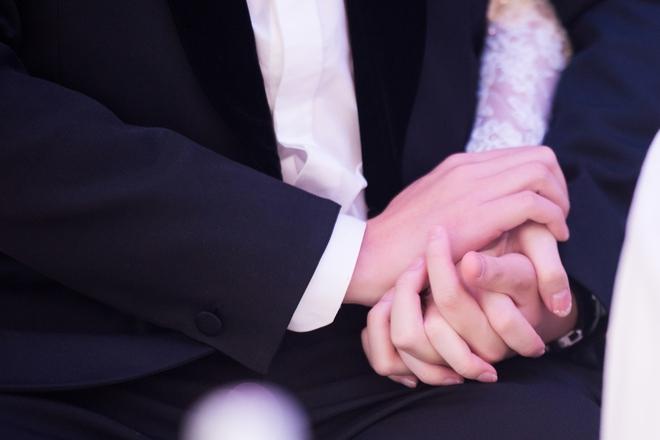 [TRỰC TIẾP] Toàn cảnh đám cưới Đặng Thu Thảo: Không gian cưới lộng lẫy như truyện cổ tích - Ảnh 4.