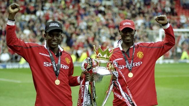 Bị Arsenal đuổi thẳng cổ, phải lòng Dwight Yorke và làm nên lịch sử cùng Man United - Ảnh 9.