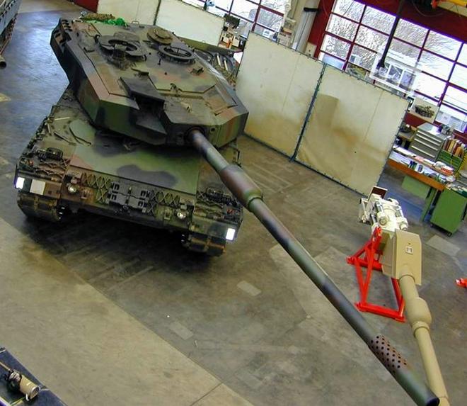 Vì sao Nga cười nhạt xe tăng Leclerc mang pháo 140 mm của Pháp? - ảnh 3