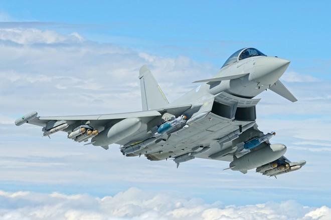 Mua sắm vũ khí 2017, cửa sáng bất ngờ thuộc về MR-SAM, Su-35S? - Ảnh 3.