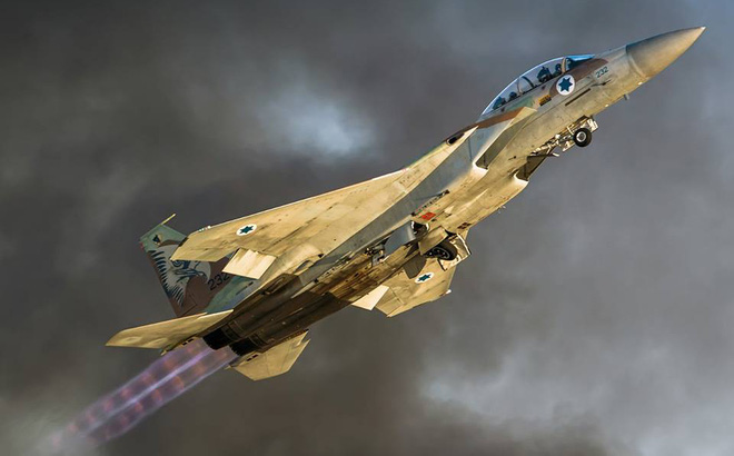 """Khám phá sức mạnh """"Đại bàng Israel"""" đang làm mưa làm gió trên bầu trời Trung Đông"""