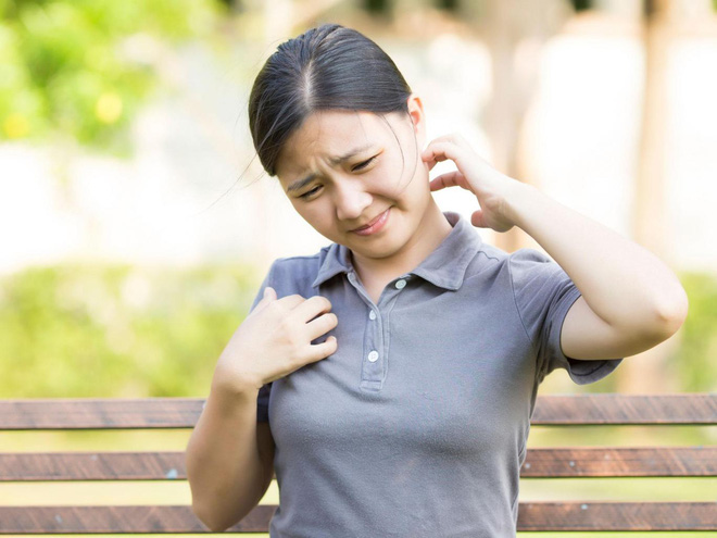 Khoa học tìm thấy lời giải: Vì sao cứ thấy người khác gãi là chúng ta lại ngứa ngáy? - ảnh 2