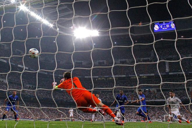 Bán kết cúp châu Âu: Đại chiến thành Madrid, Man United gặp đối thủ yếu nhất - Ảnh 2.