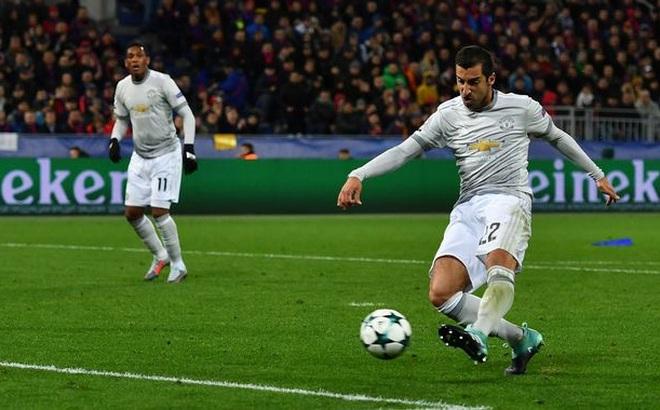 """Có """"bảo bối"""" trong tay, Man United sợ gì chuyện đạp bằng sóng gió Anfield"""
