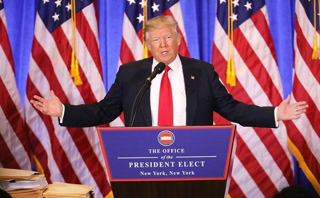 Họp báo, Trump chỉ trích tình báo Mỹ hành xử 'như phát xít'