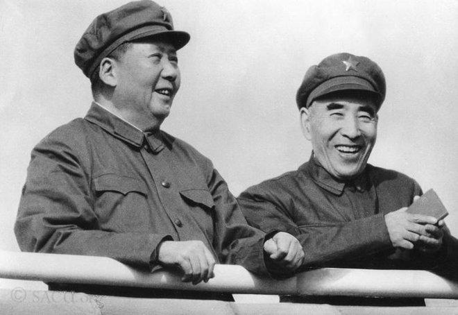 Vì sao trong cách mạng văn hóa, Mao Trạch Đông lại ra sức bảo vệ Chu Ân Lai? - Ảnh 2.