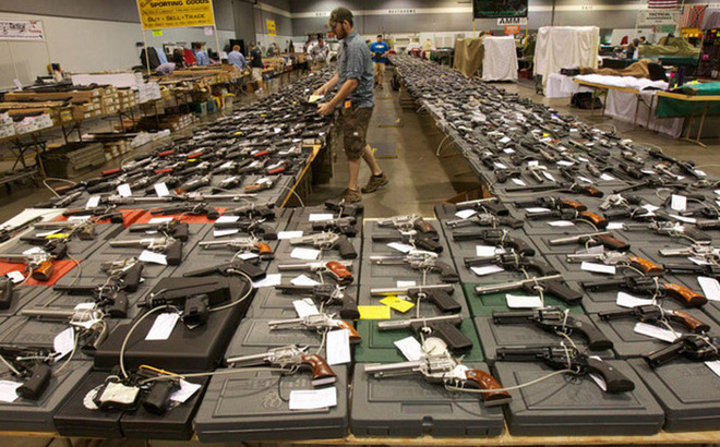 """Điều tra giao dịch vũ khí hạng nhẹ: Lộ diện những cái tên bất ngờ trong top """"lái súng"""""""