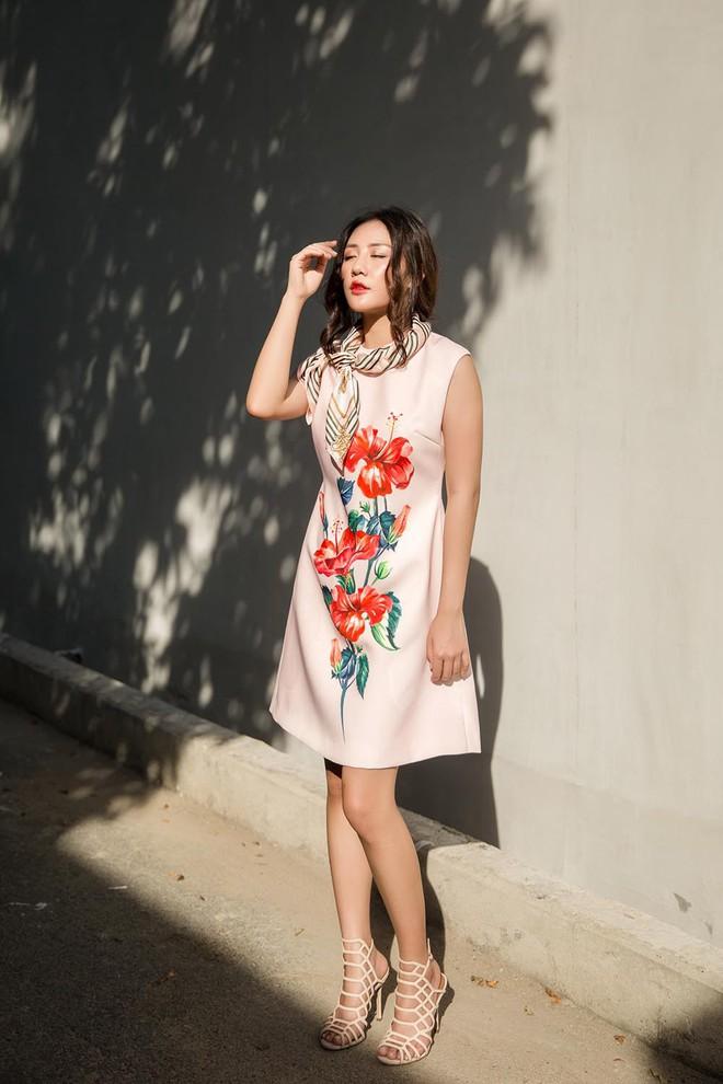Văn Mai Hương điệu đà dạo phố dịp cuối năm - Ảnh 14.