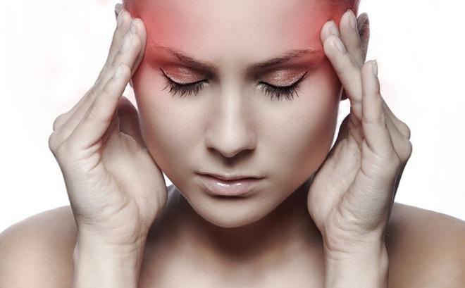Chỉ cần bấm những huyệt này sẽ khỏi đau đầu trong 5 phút mà không cần dùng thuốc