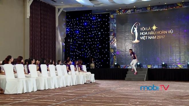 Hoa hậu Hoàn vũ Việt Nam tập 2: Thái độ vô kỷ luật của Mai Ngô gây ức chế - Ảnh 14.