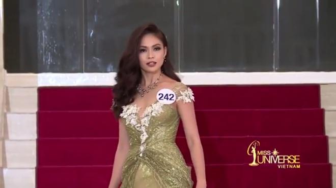 Hoa hậu Hoàn vũ Việt Nam tập 2: Thái độ vô kỷ luật của Mai Ngô gây ức chế - Ảnh 16.