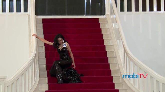 Hoa hậu Hoàn vũ Việt Nam tập 2: Thái độ vô kỷ luật của Mai Ngô gây ức chế - Ảnh 17.