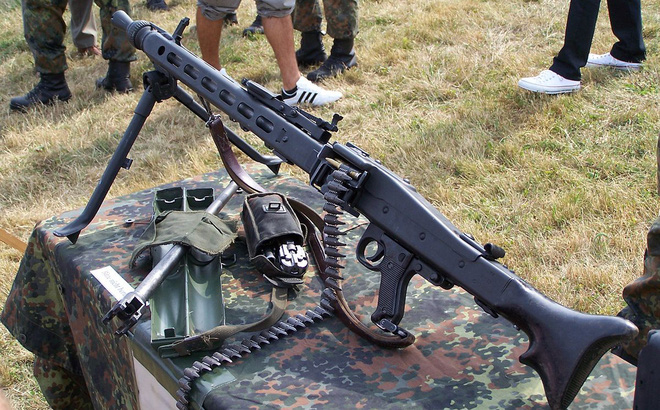 Rheinmetall MG3 - Súng máy phổ biến nhất của Đức có gì đặc biệt?