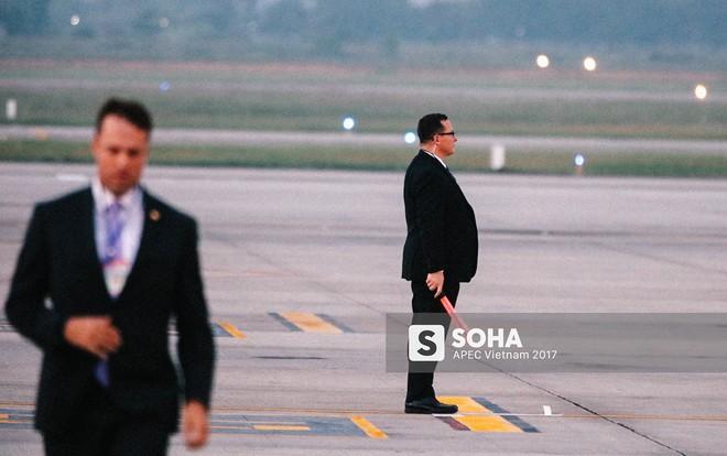 [ẢNH] Quy trình đảm bảo an toàn tuyệt đối cho tổng thống Trump tại sân bay ở Việt Nam - Ảnh 10.
