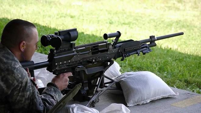 LWMMG - Thế hệ súng máy sử dụng loại đạn mới trên chiến trường hiện đại - Ảnh 2.