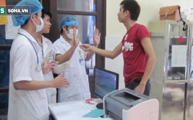 Từ đại dịch bạo hành y tế ở TQ, chuyên gia chỉ 17 giải pháp cho bạo lực y tế VN