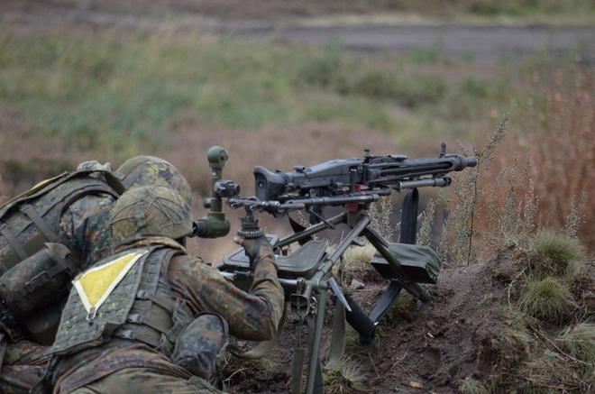 Rheinmetall MG3 - Súng máy phổ biến nhất của Đức có gì đặc biệt? - Ảnh 3.