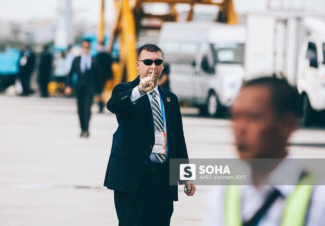 [ẢNH] Quy trình đảm bảo an toàn tuyệt đối cho tổng thống Trump tại sân bay ở Việt Nam - Ảnh 4.