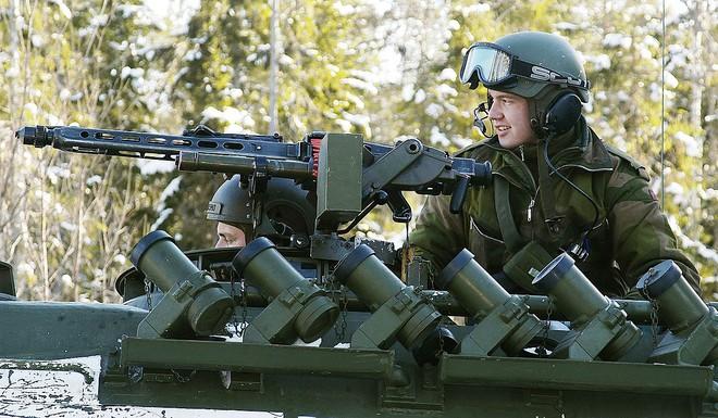 Rheinmetall MG3 - Súng máy phổ biến nhất của Đức có gì đặc biệt? - Ảnh 4.