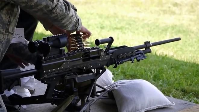LWMMG - Thế hệ súng máy sử dụng loại đạn mới trên chiến trường hiện đại - Ảnh 5.