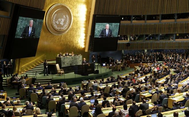 """Tổng thống Trump kêu gọi loại bỏ """"mối đe dọa về chủ quyền"""" trên biển Đông"""