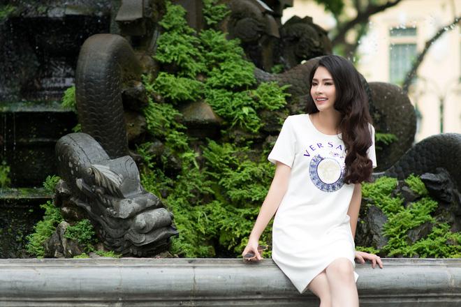 Hoa hậu Biển Thùy Trang: Để mẹ giúp xách đồ có gì sai? - Ảnh 3.