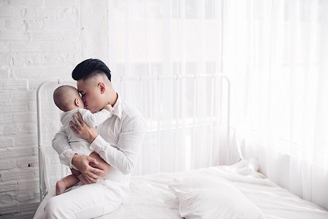 Vợ chồng DJ Tiên Moon - Duy Khánh lần đầu khoe con trai kháu khỉnh - Ảnh 6.
