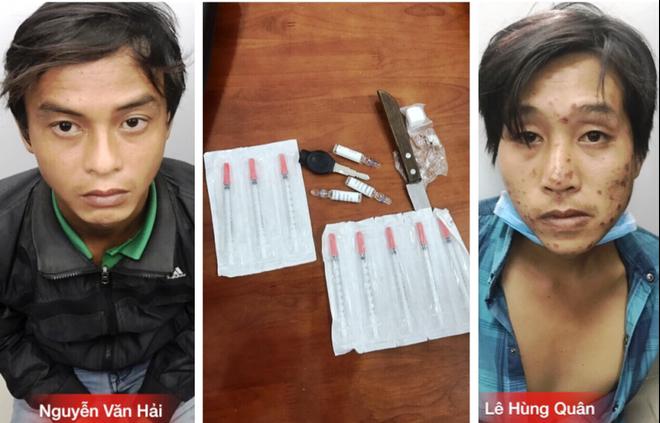TP.HCM : Bị truy đuổi 2 tên cướp đạp, rút dao đâm trinh sát - Ảnh 1.