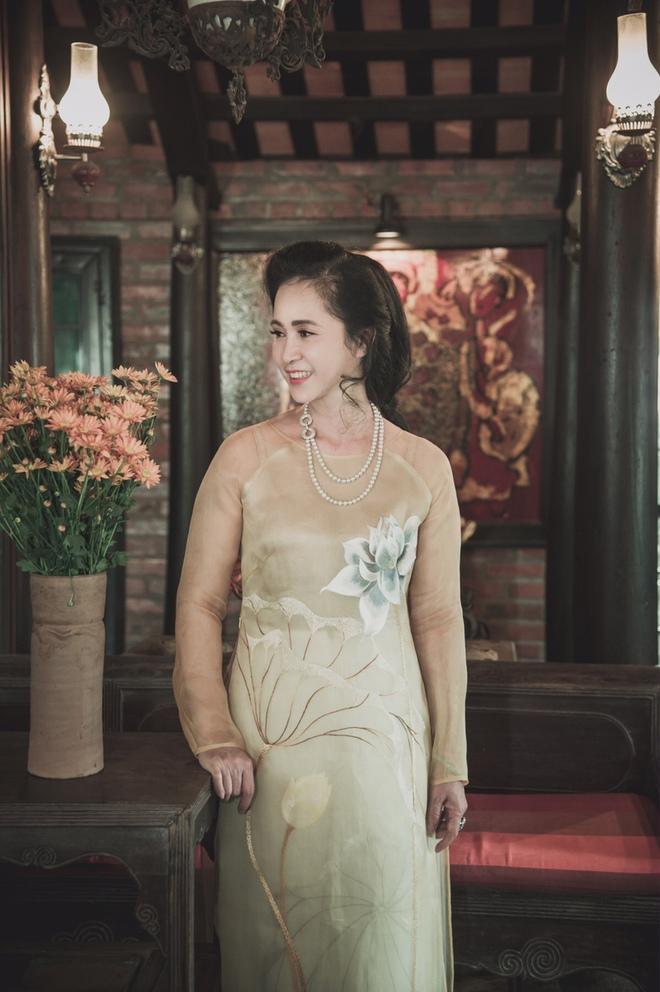NSND Lan Hương làm người mẫu sau khi nghỉ hưu  - Ảnh 4.