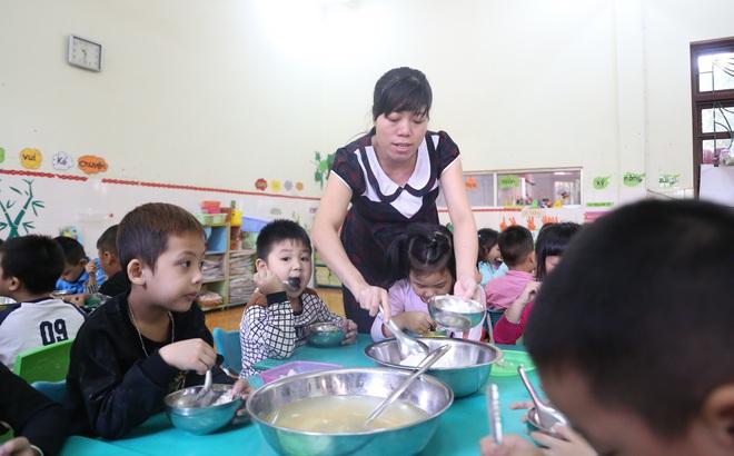 Những câu chuyện ít biết về nghề làm cô giáo mầm non