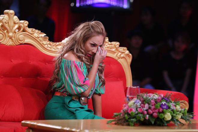 Thanh Hà sốc, ngất xỉu ngay trên sân khấu khi đối diện mẹ đẻ sau 40 năm 4