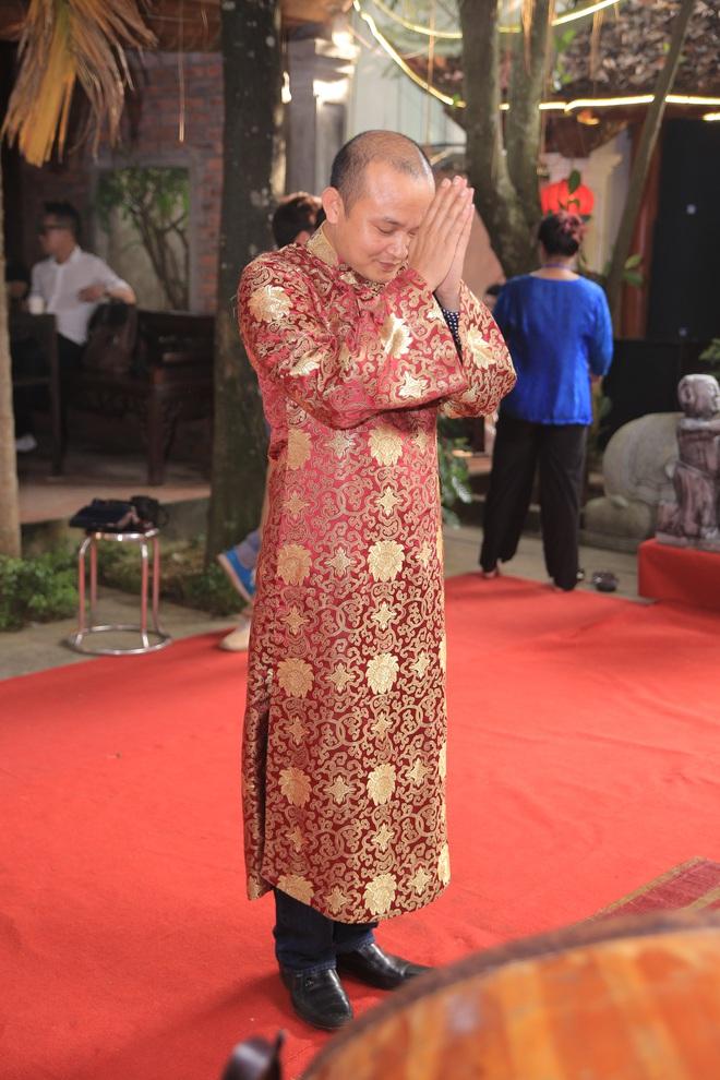MC Thảo Vân bất ngờ thể hiện giọng hát trong Lễ giỗ Tổ nghề - Ảnh 6.