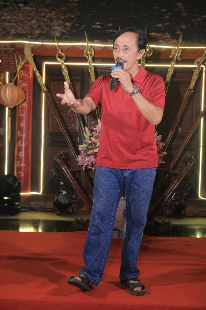MC Thảo Vân bất ngờ thể hiện giọng hát trong Lễ giỗ Tổ nghề - Ảnh 14.